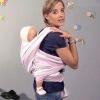 Fular o portabebés. Bebés en la espalda