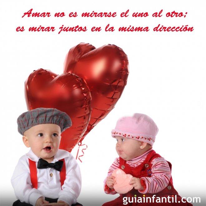 Niños con un globo de corazón. Frases de amor para motivar