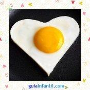Huevo frito. Receta saladas de corazón