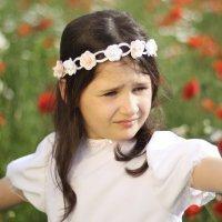 Peinados de Primera Comunión para niñas. Corona medieval