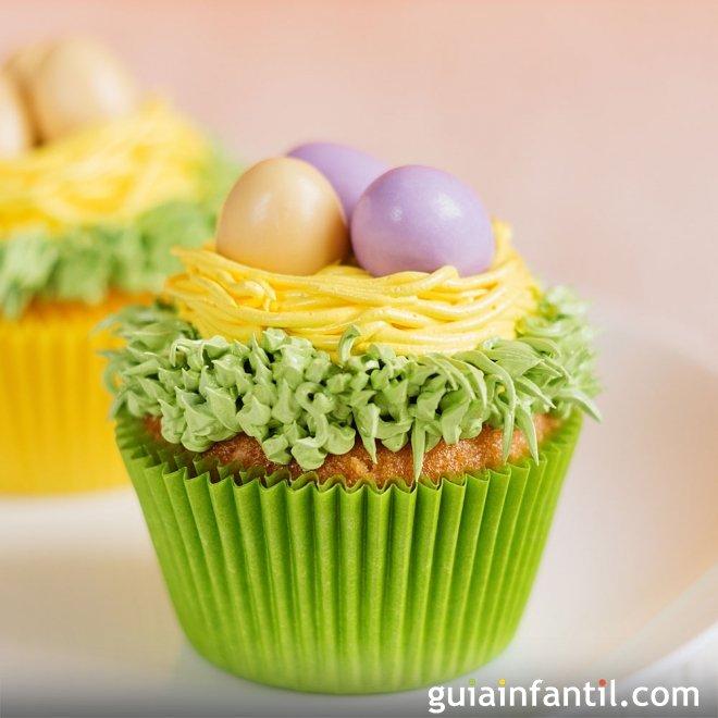 Muffins de Pascua decorados. Muffins con peladillas