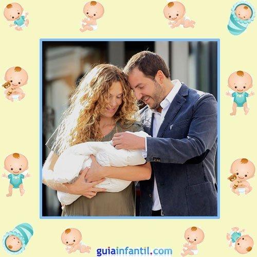 Borja Thyssen y Blanca Cuesta con su tercer hijo Enzo