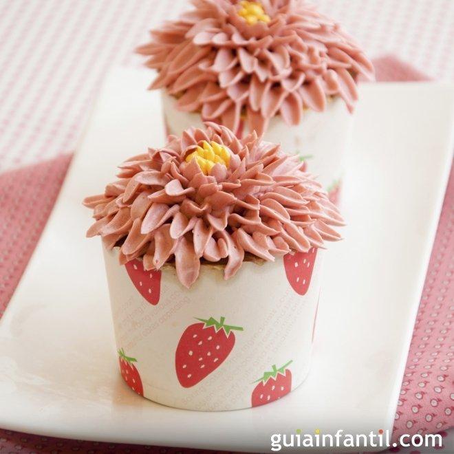 Como Decorar Con Una Flor Girasol Un Cupcake