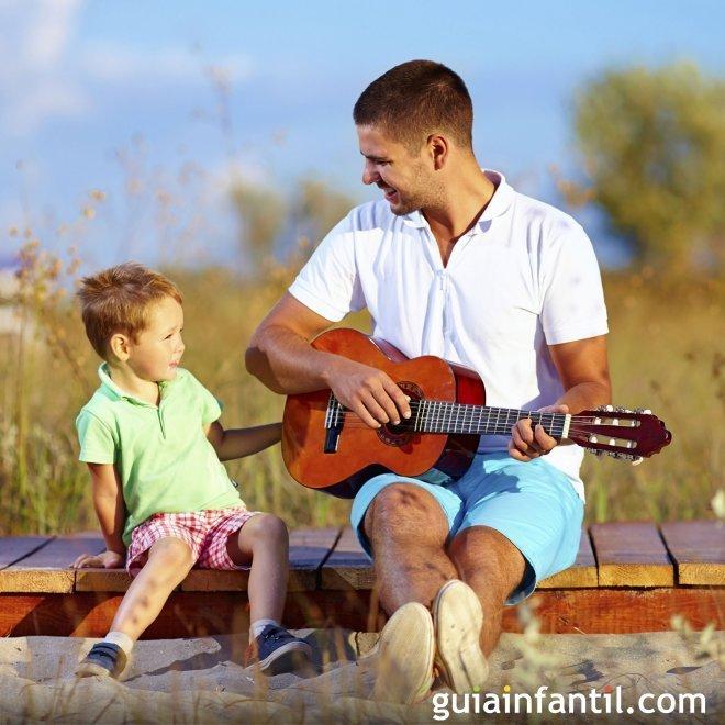 Jugar con papá a cantar canciones - Juegos entre el papá y sus hijos