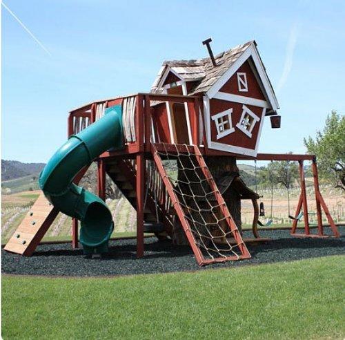 Casa de lujo de madera para los niños