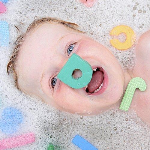 Juegos De Baño A Bebes:Jugar de letras con el bebé – Juegos para el baño del bebé