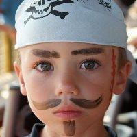 Maquillaje de pirata para los niños