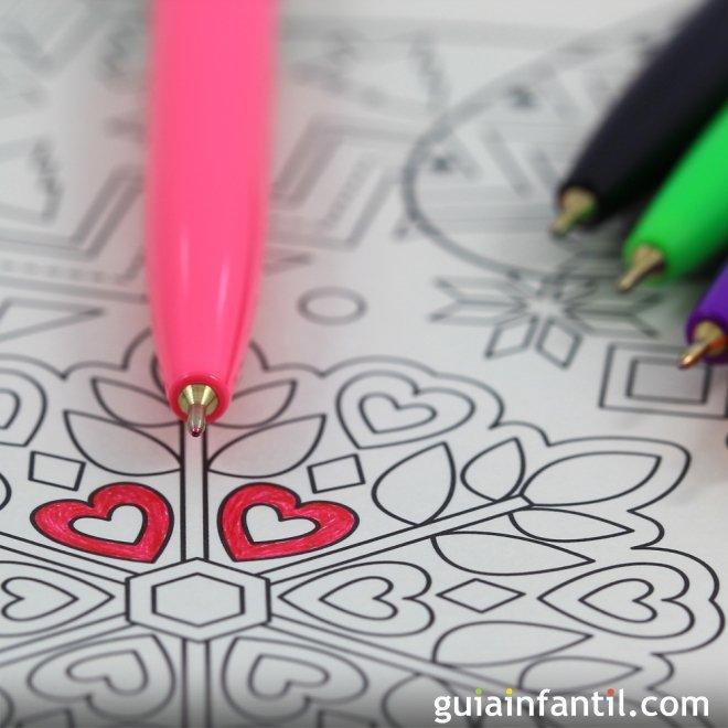Pintar mandalas. Juegos para estimular a los niños