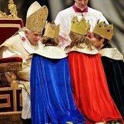 Los Reyes Magos visitan al Papa Benedicto XVI