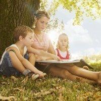 Caricias. Poemas para el Día de la Madre