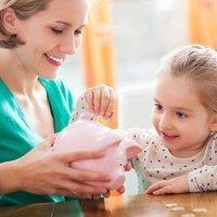 Enseña a tu hijo a manejar y ahorrar el dinero