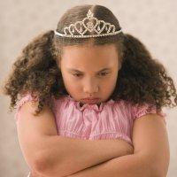 La terquedad infantil. Niño testarudo