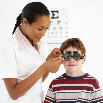 Cuándo llevar al niño al oftalmólogo