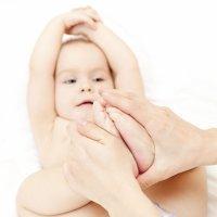 Vídeos con masajes para bebés