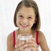 El agua y la sed de los niños