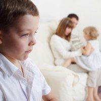 Las consecuencias de los celos entre hermanos