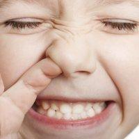 Hurgarse la nariz. Manías comunes de los niños