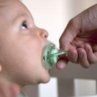 Cómo quitar el chupete al bebé