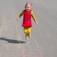 Rayuela. Juegos para niños