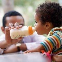El destete del bebé. Consejos para dejar de amamantar