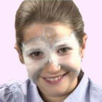 Cómo hacer un maquillaje de ángel de Navidad a un niño