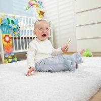 Las alfombras en las habitaciones de bebés y niños