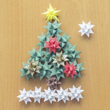 Árbol de Navidad con estrellas. Manualidad infantil