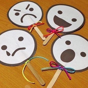 Marionetas para educar emociones