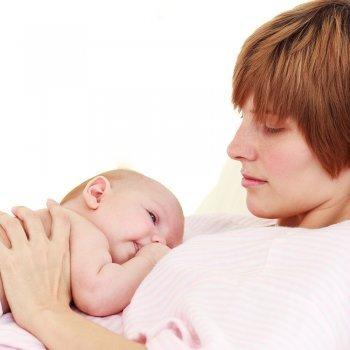 Por qué el bebé se retira del pecho