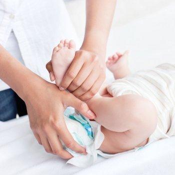 Qué nos dicen las heces del bebé