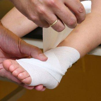 Esguince de tobillo en los niños. Causas y tratamiento