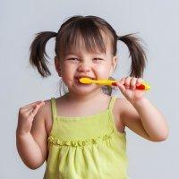 Niños con dientes más propensos a tener caries