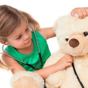 Por qué los niños también deben jugar solos