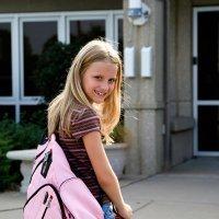 A qué edad pueden ir los niños solos al colegio