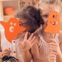 Cómo decorar junto a los niños  la casa para Halloween