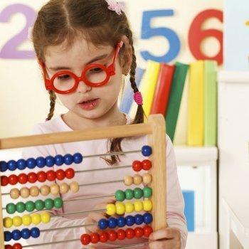 Juegos para enseñar colores y números
