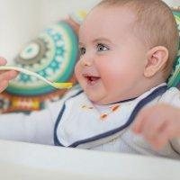 Alimentación para bebés de 6 a 9 meses