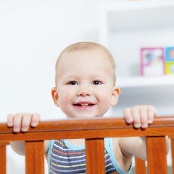 La seguridad de los bebés en la cuna