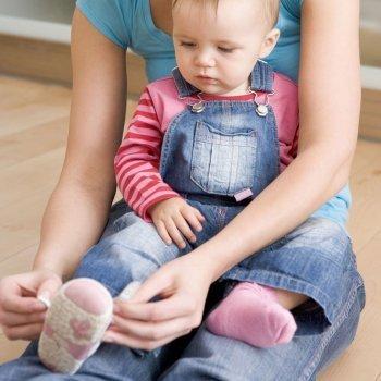 Los primeros zapatos del bebé
