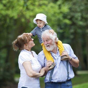 Lo que no deben hacer los abuelos
