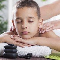 Beneficios de la reflexología y el masaje para niños