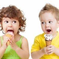 Los beneficios de los helados para los niños