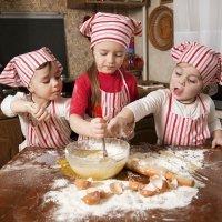 Cómo quitar las manchas de grasa de la ropa infantil