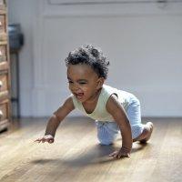 La importancia del gateo en los bebés