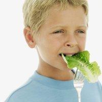 Beneficios de los alimentos verdes para niños y embarazadas