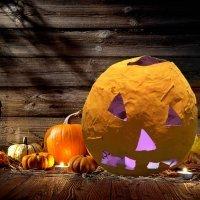 Calabaza de papel maché. Manualidades de Halloween