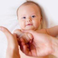 Beneficios del masaje para los bebés