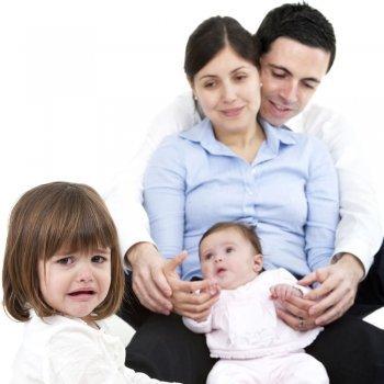 Errores de los padres que generan celos