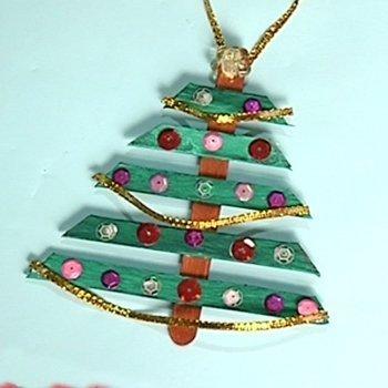 Árbol navideño con lentejuelas