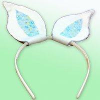 Diadema con orejas de conejo. Manualidades de Carnaval